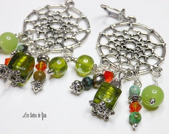 Ethnic earrings, silver metal, glass beads, seeds, metal beads.