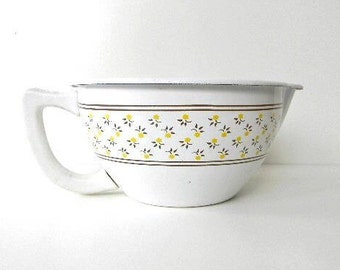 REDUCED vintage large enamel measuring cup bowl Kamenstein series yellow floral pitcher kitchen collectible