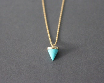 Little Turquoise Spike Necklace - Gold Turquoise spike necklace