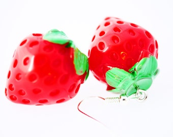 2x Strawberry earrings