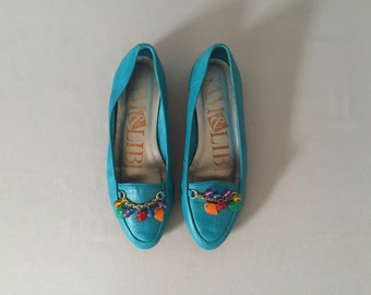 sam&libby turquoise leather flats | plastic charms flats | 7