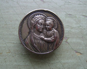 An Antique/Vintage Religious Brooch/Pin - Virgin Mary & Baby Jesus.