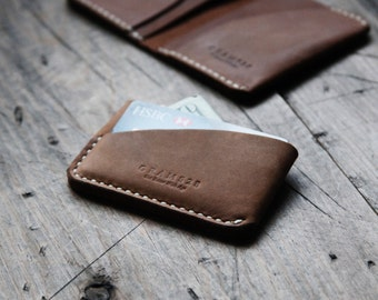 GRAMS28 / Three Pockets Leather Card Holder, hand stitched leather wallet - Brown
