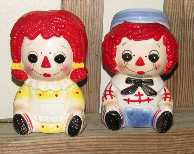 Vintage Rubens originals head planters of Raggedy Ann and Andy, 1976 Rubens originals, Raggedy Ann and Andy collectibles, Rubens Originals