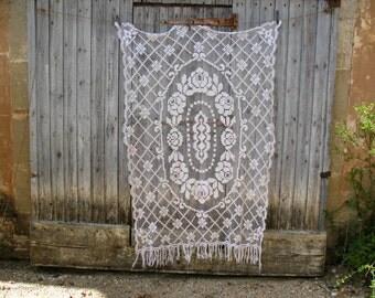 Perfect, antique French cotton crochet filet curtain white colour 112cm x 160cm, no damage, scallop edges