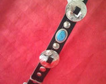 Scharzes collar in full leather with Zierconcha