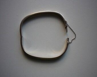 Vintage Sterling Silver Engraved Square Hinge Bangle Bracelet