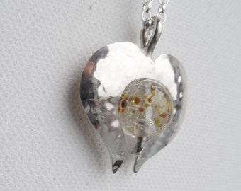 Pearl pendant winged heart of glass