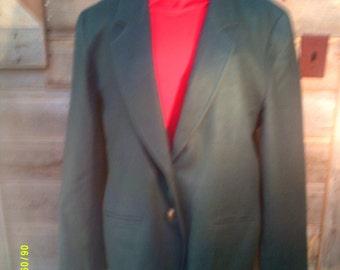Woman's Vintage Pendleton Wool Blazer, size 12 to 14, Wool Blazers 12, Green Wool Blazer 12, Pendleton Blazers 12, Traditional Blazer 12