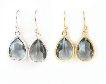 Dark gray earrings Silver Charcoal Grey Bridesmaids Earrings Gray glass earring Glass teardrop Silver and gray earring