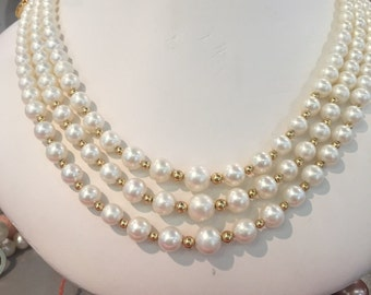 Pearl necklace & Gold balls