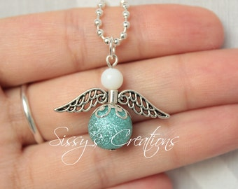 Greetings Angels necklace
