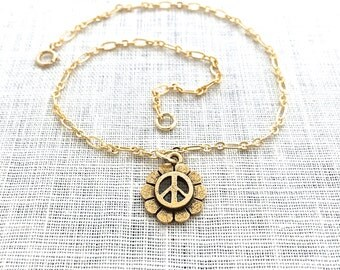 Peace Sign Anklet for Women, Peace Symbol Jewelry, Gold Chain Charm Anklet, Flower Power, Hippie, A0062