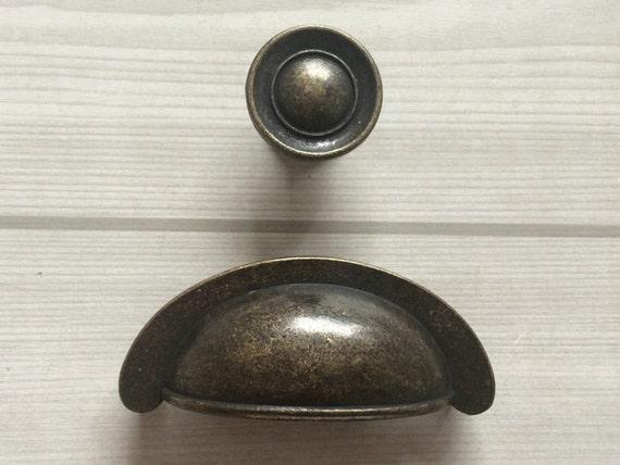 2 3 4 drawer knob bin cup pulls handles dresser knobs. Black Bedroom Furniture Sets. Home Design Ideas