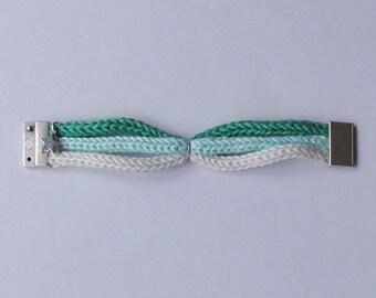 Leia: mint, celadon, beige tricolor cotton bracelet with magnetic clip