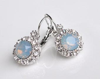 Earrings light blue crystal