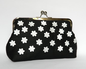 Black and White Floral Silk Clutch, Floral Clutch, Wedding Clutch, Clutch Purse, Evening Clutch, Silk Clutch