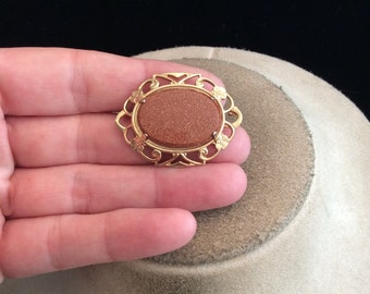 Vintage Goldstone Pin