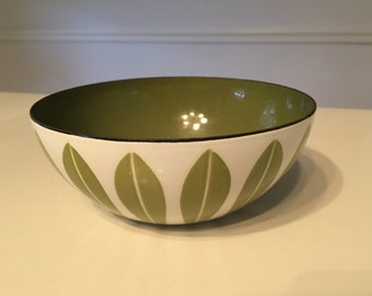 Catherineholm Lotus Norway Bowl , Mid Century Modern, Eames Era, Enamelware, Vintage