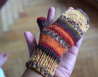 Hand knit toddler mittens, childrens mittens in autumn colors wool, wool kids mittens, winter accessories, colorful stripes