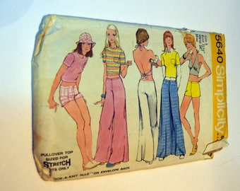 Vintage 1970s Simplicity 5640 Misses halter top, bell bottom, hip hugger wide pant or shorts.