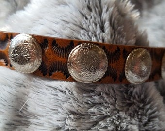 Small to medium hand tooled western style tan leather dog collar with western conchos