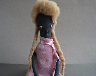 Extreme primitive girl - Negrito girl - Halloween Black - Strange weird doll - Stuffed toys - Country decor home