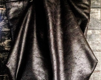 Leatherette tote bag black / skulls