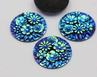 Blue and Green Alluring Cabochon