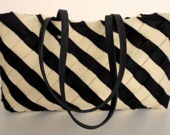 Black Felt Tote Bag ,  White Wool Felt Tote ,  Wool Felt Black Bag,   Black and White felt tote,  RWOODB ,Tote