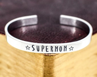 Super Mom Bracelet - Mother's Day Gift - Gift for Mom