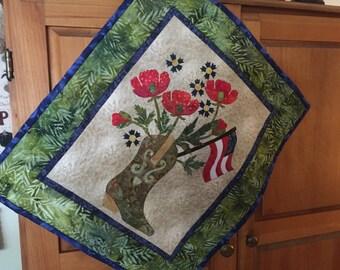 Handquilted Appliqued Patriotic Mini-quilt
