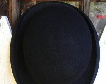 Vintage retro derby hat