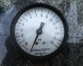 Vintage 15 PSI Ashcroft pressure gauge