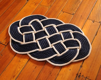 Rope Rug - Rope Knot - Nautical Decor - Cotton Rope Mat - Navy and White - (32 x 19)