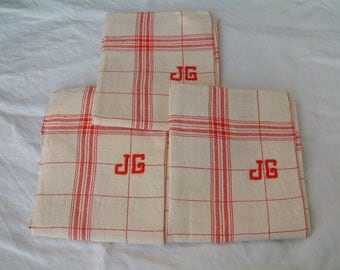 One French vintage pure linen tea towel in red plaid. Red plaid kitchen towel. Rustic french country kitchen. monogram JG. Never used