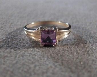 Vintage Sterling Silver & Genuine Amethyst Ultra Sleek Ring, A Splendid Unique Design in Size 9.5 ~~ **RL