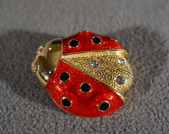 Vintage Traditional Lady Bug Pin Brooch Yellow Gold Tone Red and Black Enamel on the Wings 3 Rhinestones on the Body and 2 For Eyes     KW57