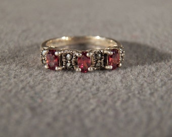Vintage Sterling Silver Band Style Ring Set with Oval Garnets and Marcasite, Size 7 **RL