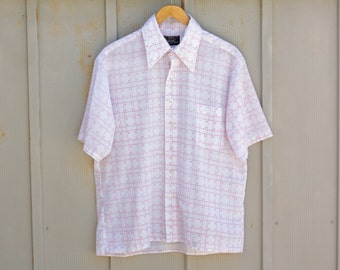 Men's GEOMETRIC Shirt. Triangle Pattern Shirt. Button Down INDIE Shirt. Hipster Collared Shirt. Red and White Men's Short Sleeve Shirt.