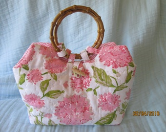 Pretty in Pink summer purse with bamboo handles