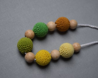 Crochet Nursing Necklace - Breastfeeding Necklace - Teething necklace with crochet beads eco friendly