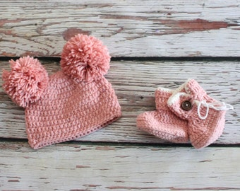 Double Pom Pom Newborn - 6 m baby hat and Boot Set