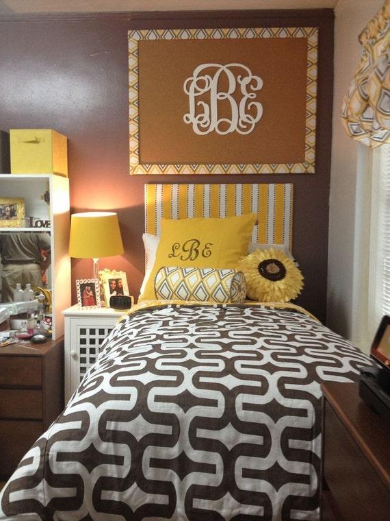 Design Your Own Dorm Room: Dorm Room Decor // Wooden Monogram Wall Hanging // Dorm Room
