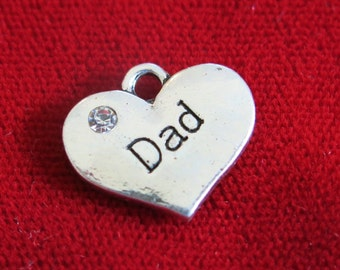 """BULK! 15pc """"Dad"""" charms in antique silver style (BC726B)"""
