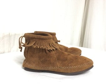 Free Ship, Minnetonka, Moccasin,size 5 ,Fringed, suede,Leather, Ankle Boots, Zip Back, Women, Shoes,5