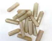 Mondstein-Punkt, ideal für Kristallgitter, Heilstein, Altar Kristalle, Bergkristall, Edelstein, Altar-Dekor