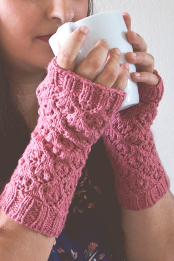 Knitting Pattern For Texting Mittens : Fingerless Gloves Knitting Pattern / Knit Texting Gloves Pattern / Arm Warmer...