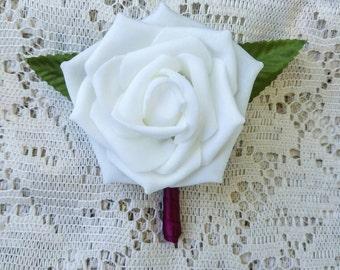 Magenta boutonniere, white and magenta boutonniere, white wedding boutonniere, wedding boutonniere, magenta boutonniere, simple boutonniere