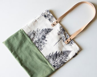 Outdoor handmade totebag with green canvas and handprinted fern print